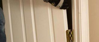 Снятие различных типов дверей с петлей
